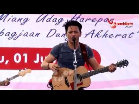 download lagu NOAH - Menunggumu (Live Di SMKN 1 Garut) gratis