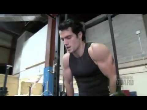Henry Cavill goes shirtless in workout video