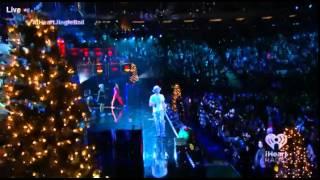 Pharrell Video - Pharrell Williams (Gwen Stefani) iHeartRadio Jingle Ball 2014