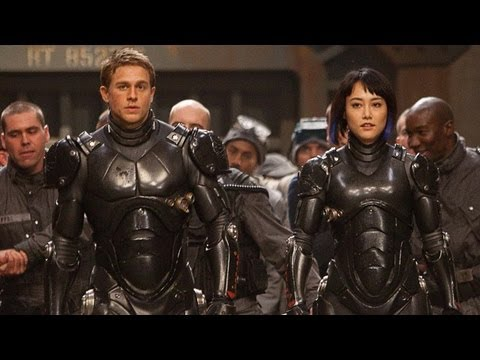 Guillermo del Toro Talks 'Pacific Rim' Sequel