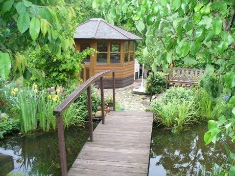 Gartenteich Gebaut, Angelegt Und Selbst Gestaltet Mit Umlauf Und Wasserfall