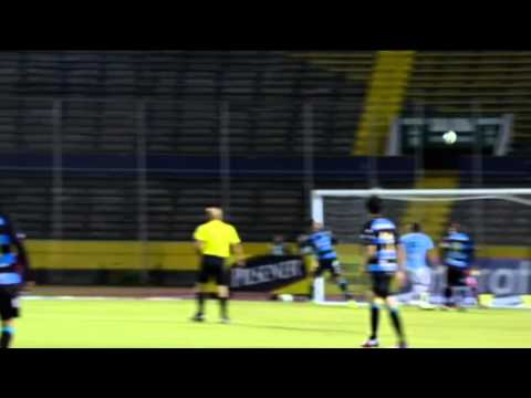 Powerful effort from Luna - Universidad Catolica vs Deportivo Quito