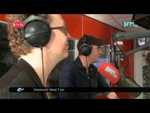 [Coen en Sander Show] Jeroen van Koningsbrugge en Dennis van de Ven #1 13-03-2014