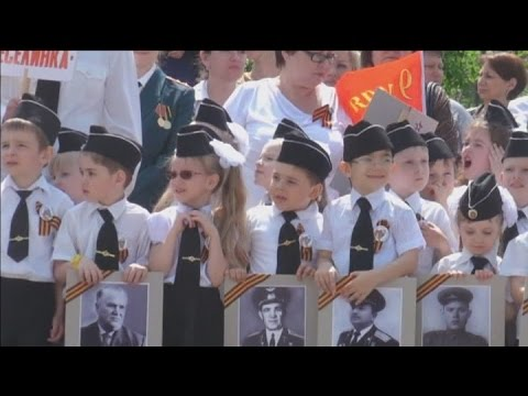 Russian 'Child Troops':  Children march in mock parade near Ukraine border