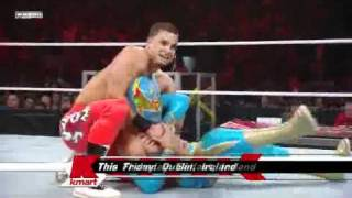 WWE RAW 04/11/11 Sin Cara vs Primo