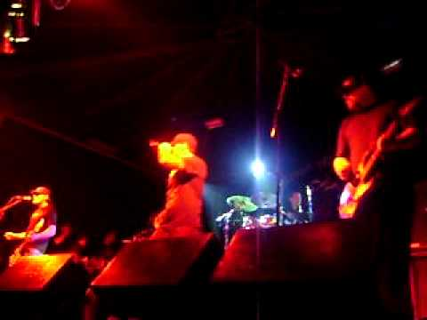 Pennywise - Can't Believe It (Fortaleza/CE - 02/12/2010)
