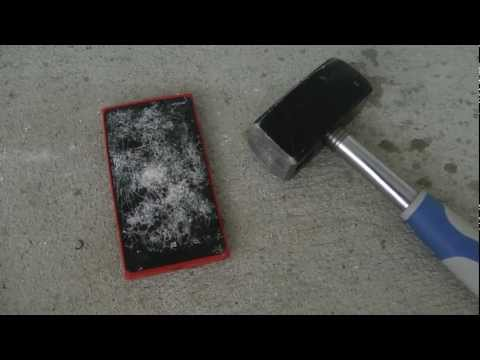 Nokia Lumia 920 Review - Hammer Drop Test