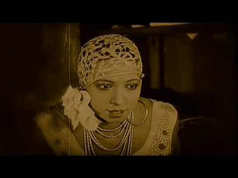 Josephine Baker - Black is Beautiful- in 1920's