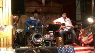 COUNTRY SHOW SALOON (TEX ROSES)