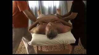 Joint Release a quattro mani (four hand massage)