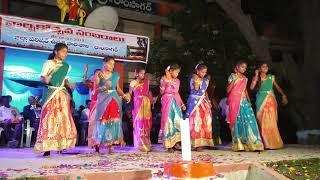 V6 Hyderabad Bathukamma Song Dance ZPHS Ramsagar B