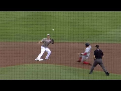 PawSox's Cecchini swipes second base