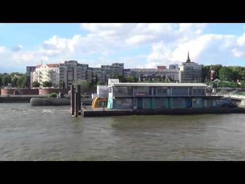 Hafenrundfahrt in Hamburg mit der Mein Schiff 5 1 Tage in Hamburg - U-Boot Museum