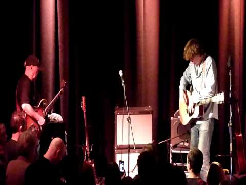 Thurston Moore & Michael Chapman live @ New Continental, Preston 5th Feb 2013