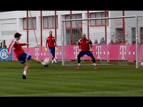5 Saves of FC Bayern Munich goalkeeper Pepe Reina / Tom Starke