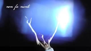 """Elisa - """"Non fa niente ormai"""" (Lyric Video) - dall'album """"L'ANIMA VOLA"""" in vendita dal 15.10.13"""