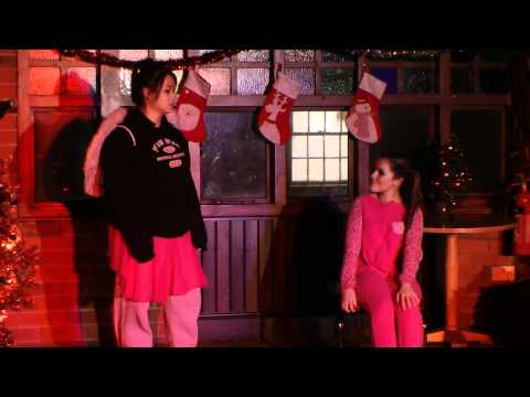 Christmas Variety Show HQ - Hull Collgege Musical Theatre Yr 2