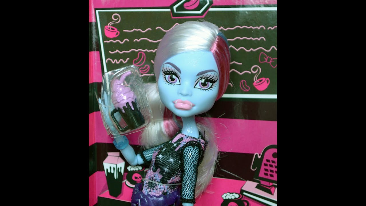 Обзор на дом для кукол монстер хай своими руками