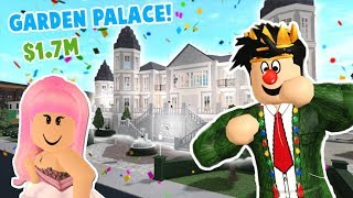 TOURING A VERY EXPENSIVE BLOXBURG GARDEN PALACE! It's crazy and has a secret...
