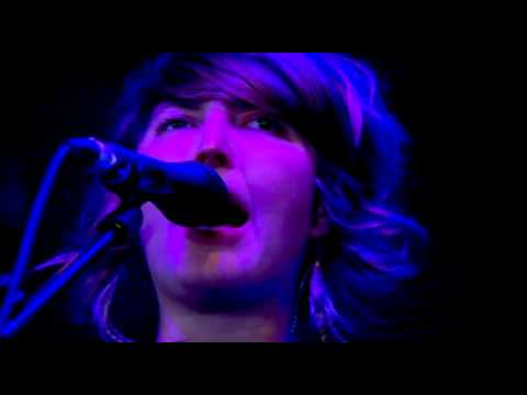 Warpaint - Warpaint, Bees Glastonbury Part 2 &amp; 3 of 6