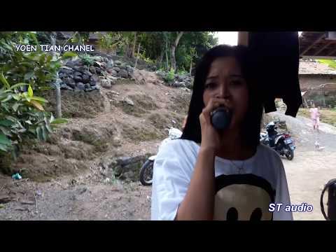 Download Lagu DI TINGGAL RABI by vocal cantik nya new MAHKOTA MP3 Free