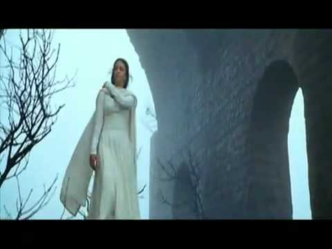 Aishwarya Rai Big Boobs Show In Ravan Part 2 By Sharif.flv video