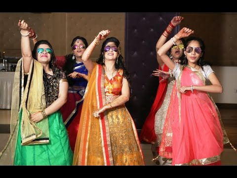Sisters Dancing At Ladies Sangeet | Indian Wedding Dance Video