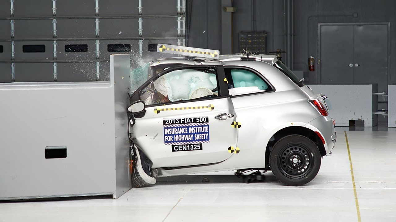 2013 fiat 500 small overlap iihs crash test youtube. Black Bedroom Furniture Sets. Home Design Ideas