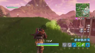 New smg available now(Practiceing ghost peeking w you guy)