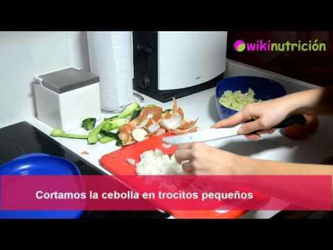 Tortilla de calabacín y cebolla baja en calorías - Receta de cocina de wikinutrición
