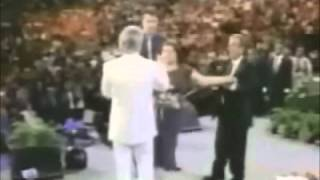 1er Documental NBC: Benny Hinn (3/5) - Desenmascarando al Falso Profeta