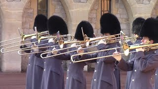 Windsor Castle Guard Plays Game Of Thrones Theme During Changing 17 11 18