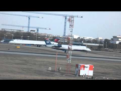 Lufthansa a330-300 and US Airways Express CRJ-200 Landing in pairs Charlotte CLT