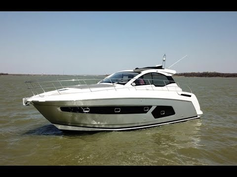 2018 Azimut 43 Atlantis For Sale at the MarineMax Dallas Yacht Center