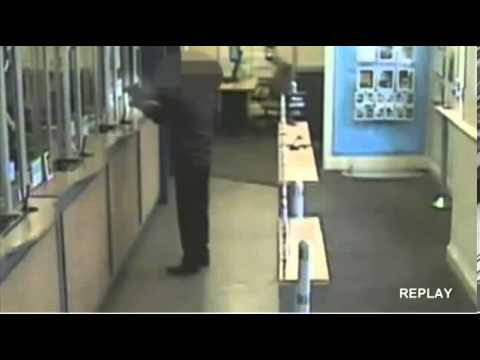 RAW] Moment 15 year old Holds up a Bank in GTA style Robbery