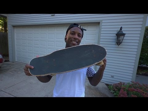 Buffalo Bills Wide Receiver, Stevie Johnson shows off his motorized skateboard and reveals what hat he can't live without. For more, go to http://www.fanspor...