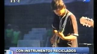 Integrantes de Metallica ovacionaron a la Orquesta de Cateura en Colombia - 17/03/04
