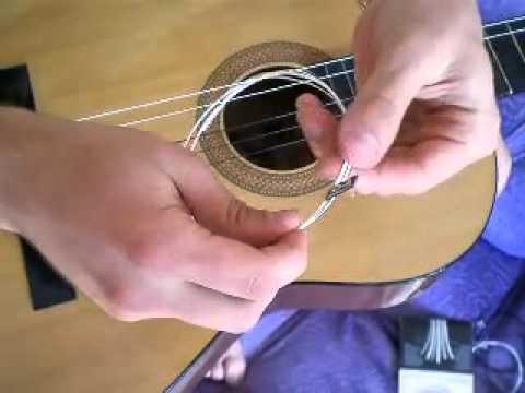 Как сделать струну на гитаре видео