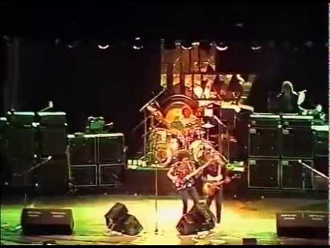 Thin Lizzy - Dont Believe A Word Live
