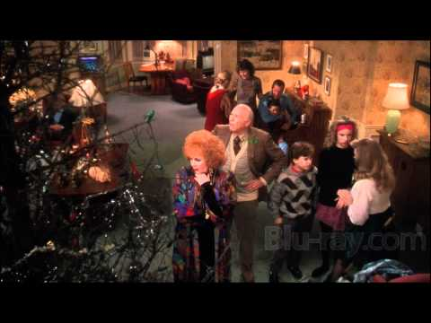 NATIONAL LAMPOON'S CHRISTMAS VACATION-CHEVY CHASE-MAVIS STAPLES-THEME SONG.wmv