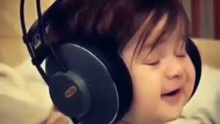 The cute baby sing the song you listened to it