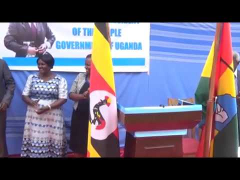 Besigye Swears in as President of Uganda