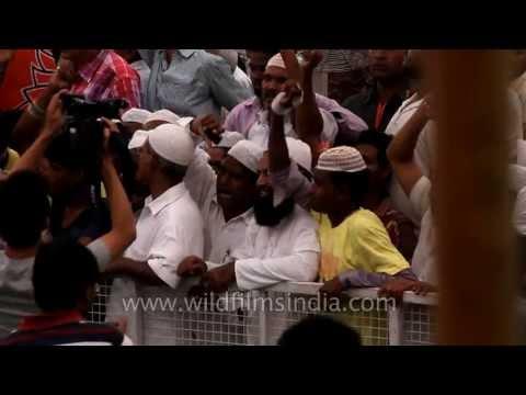 Muslim crowds at Narendra Modi rally, in Delhi