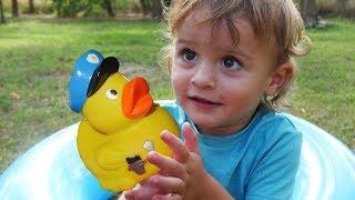 5 Little Ducks  | +More Nursery Rhymes & Kids Songs - LETSGOMARTIN