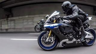 17 Yamaha R1M vs 18 Kawasaki ZX10R