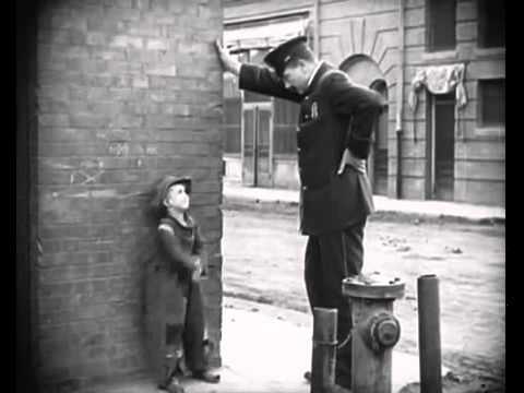 Charlie Chaplin   The Adventurer (1917)