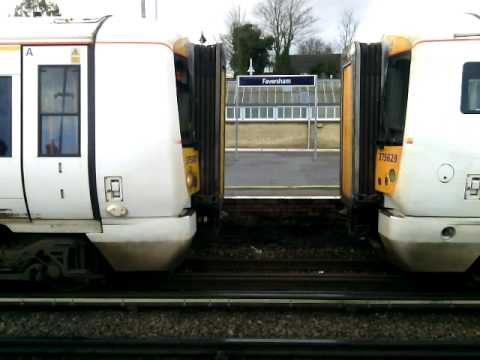 Southeastern trains at faversham train station