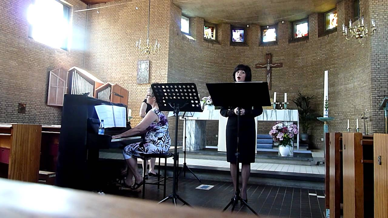 Caccini Ave Maria sheet music for Piano 8notes com