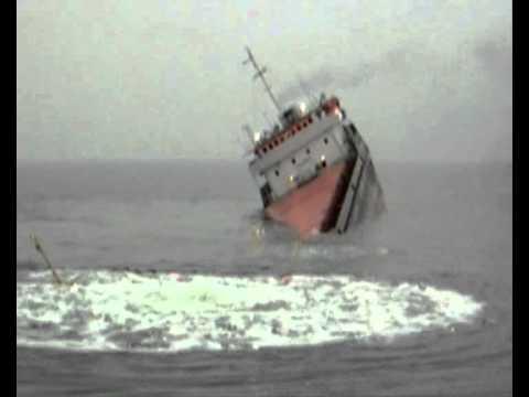 крушение теплохода BERIL.wmv CRASH OF THE SHIP