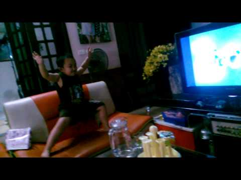 Trọng Sex Nhảy Theo Nhạc Phim Ben 10 video